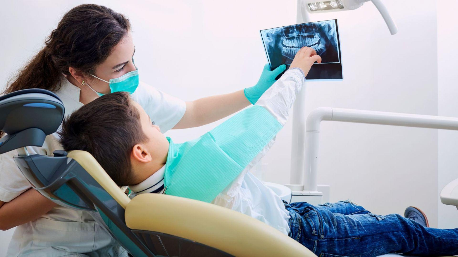 Учат бъдещи стоматолози, че ваксина причинява аутизъм