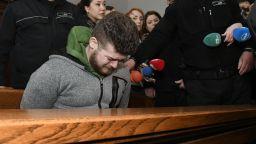 Убиецът на 25-годишната Калина се разплака в съда