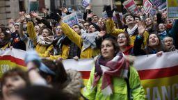 """Хиляди парижани на """"Марш за живот"""" срещу абортите"""