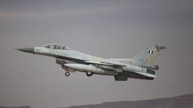 Израел удари ирански цели в Сирия