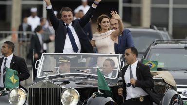 Фейсбук свали мрежа фалшиви акаунти, свързани с президента на Бразилия и синовете му депутати