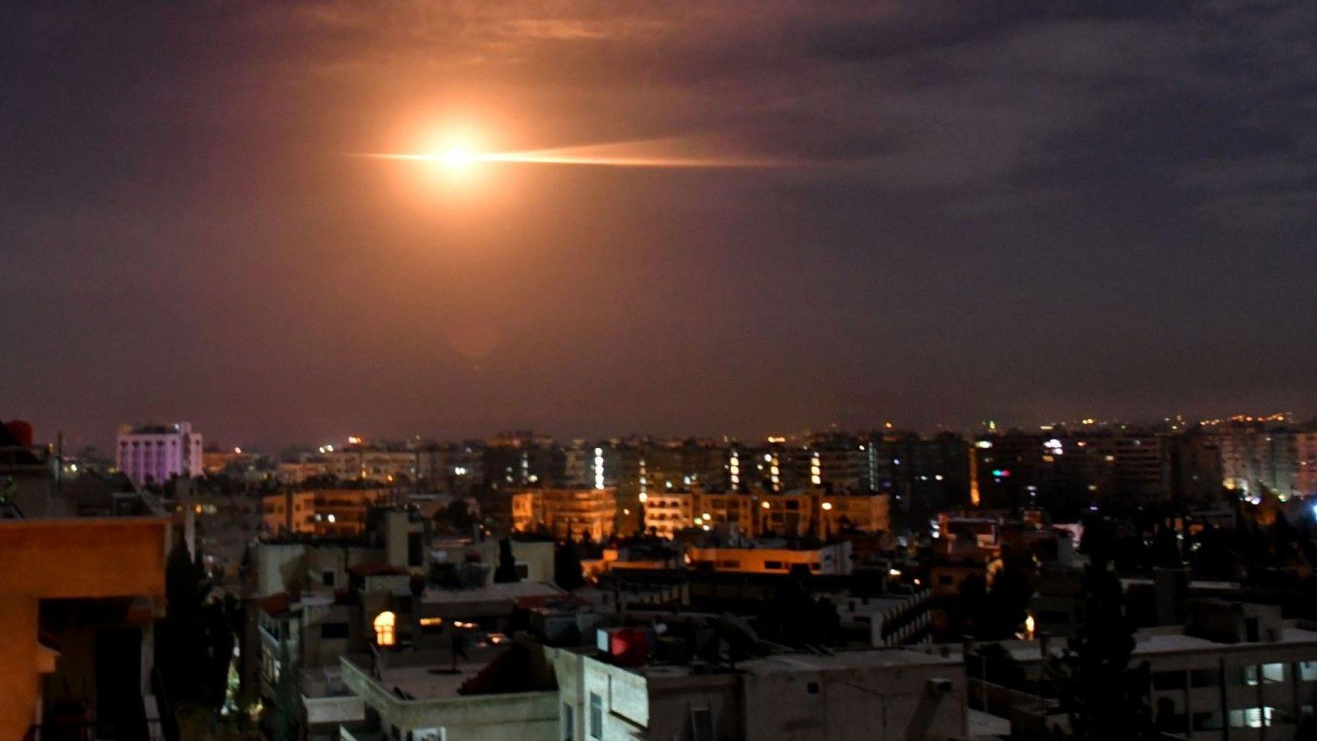 Израел с масиран ракетен удар по обекти на Хамас в ивицата Газа (видео)