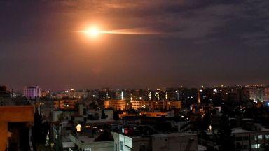 Израел удари с ракети по Дамаск (снимки)