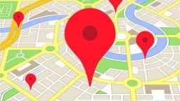 Google Карти вече ще ви насочва към осветени улици