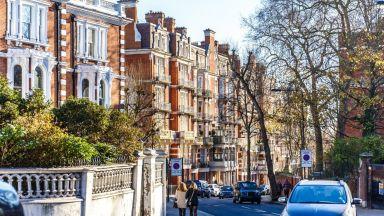 Скъпите имоти във Великобритания поевтиняха с 25%