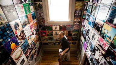 Невероятни колекции от винилови плочи и техните собственици