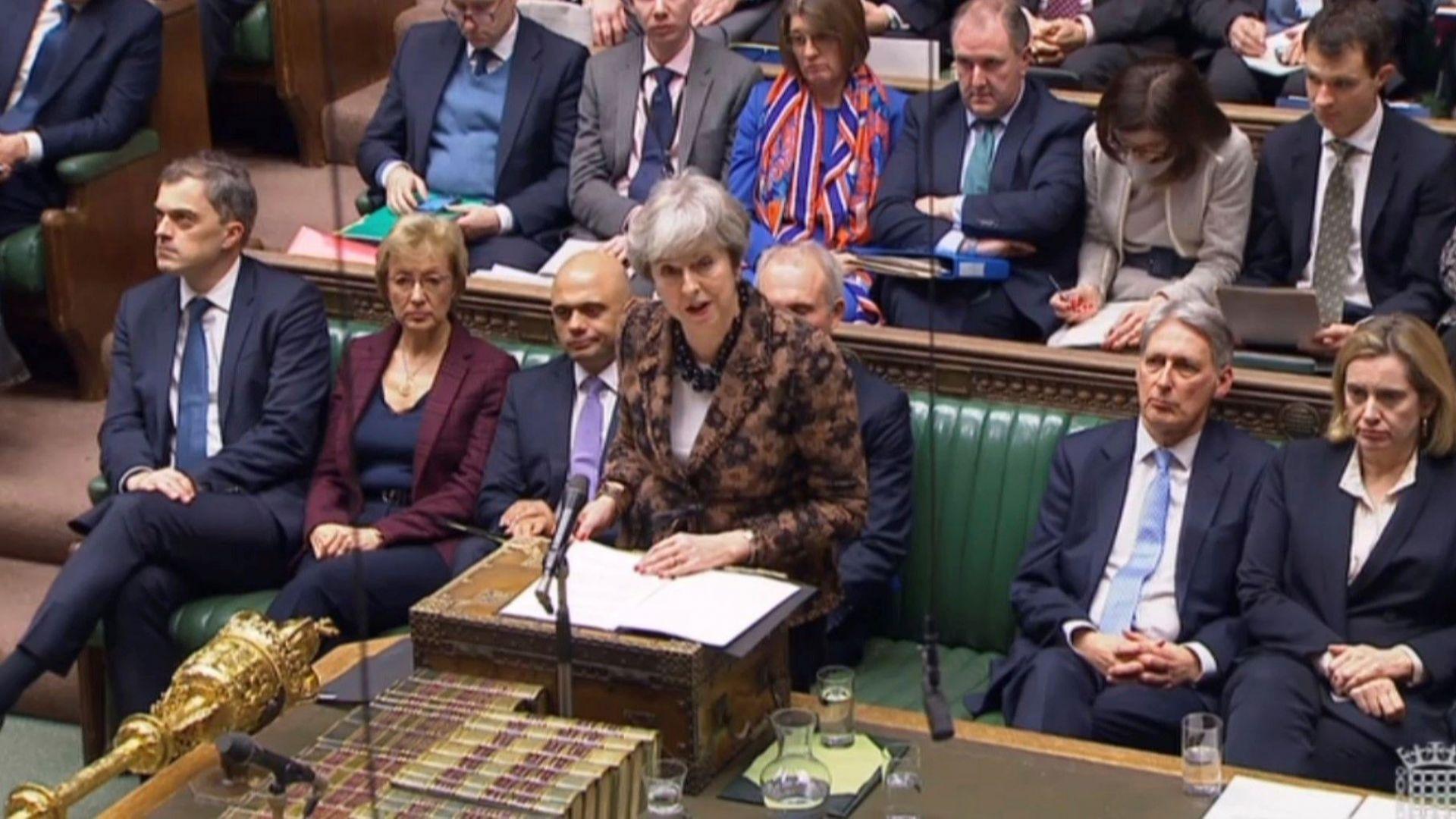 Тереза Мей: Брекзит няма да се отлага, търси се резервен вариант  за ирландската граница