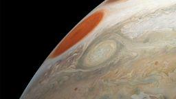 НАСА публикува нова порция снимки от Юпитер