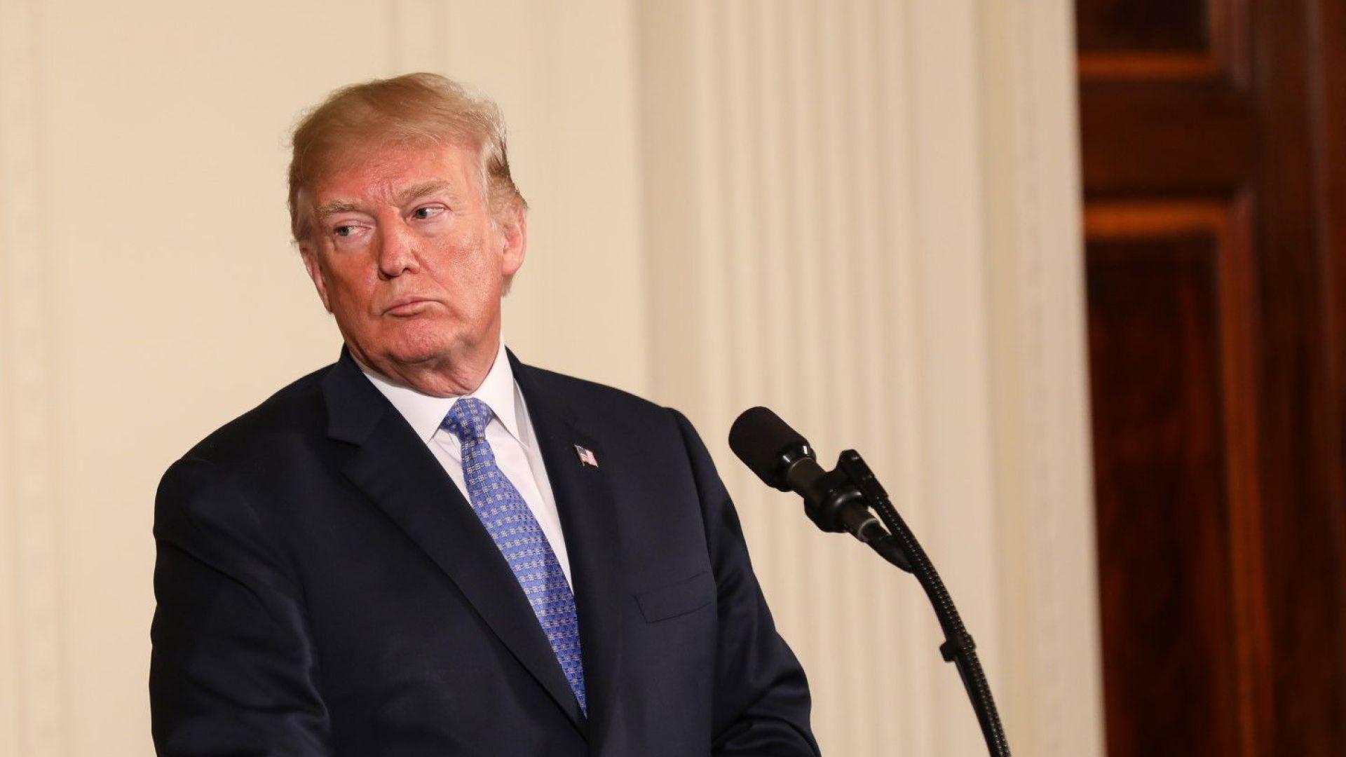 Икономиката няма да спаси Тръмп