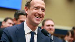Зукърбърг: Facebook работи само с възобновяема енергия