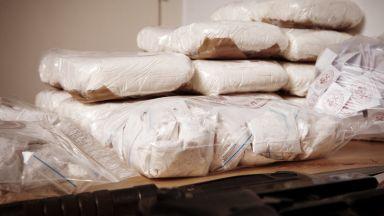 Откриха 104 кг хероин в български ТИР на ГКПП Капъкуле