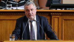 НФСБ прекратява преговорите с ВМРО за общо явяване на евроизборите