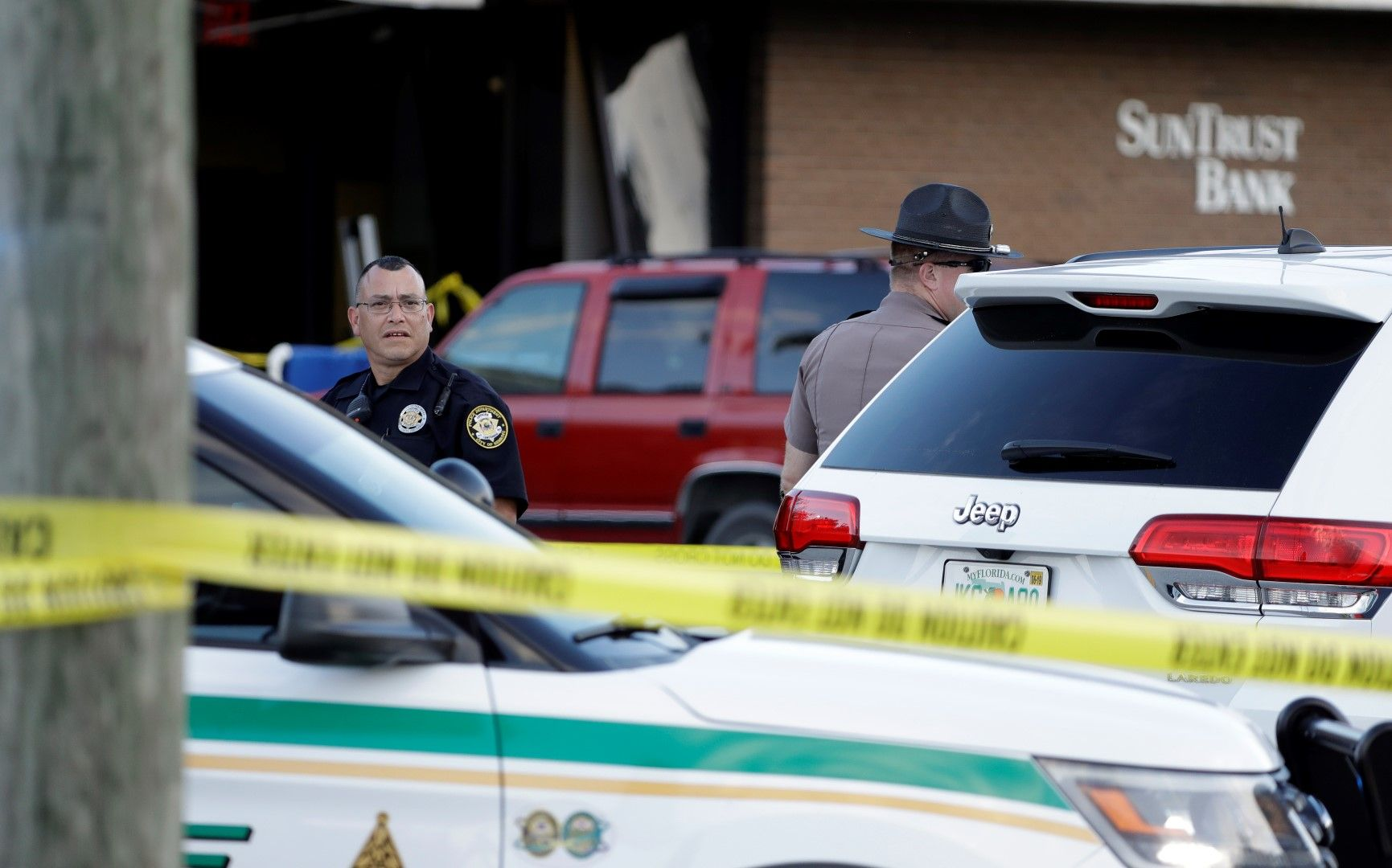 Ужасен ден за Себринг, каза губернаторът на Флорида