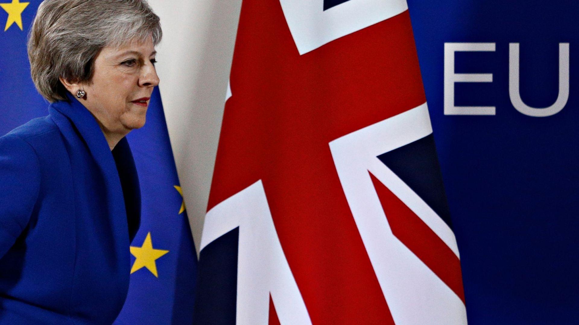 Икономисти: Сделката на Мей е по-добър вариант от отлагане на Brexit