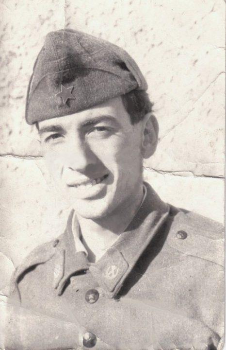 В казармата в Карлово през 1982 г.