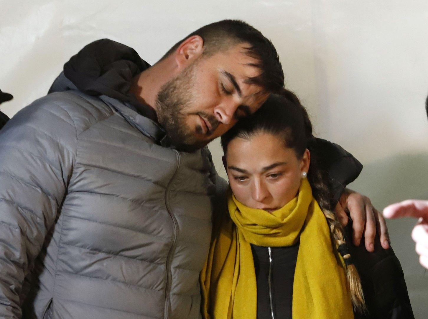 Хосе Росело и Виктория Гарсия - родители на 2-годишното момченце, снимани на 24 януари