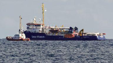 Италиански съд отмени забрана на Салвини и пусна кораб с мигранти