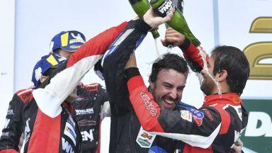 Фернандо Алонсо с историческа победа на Дайтона