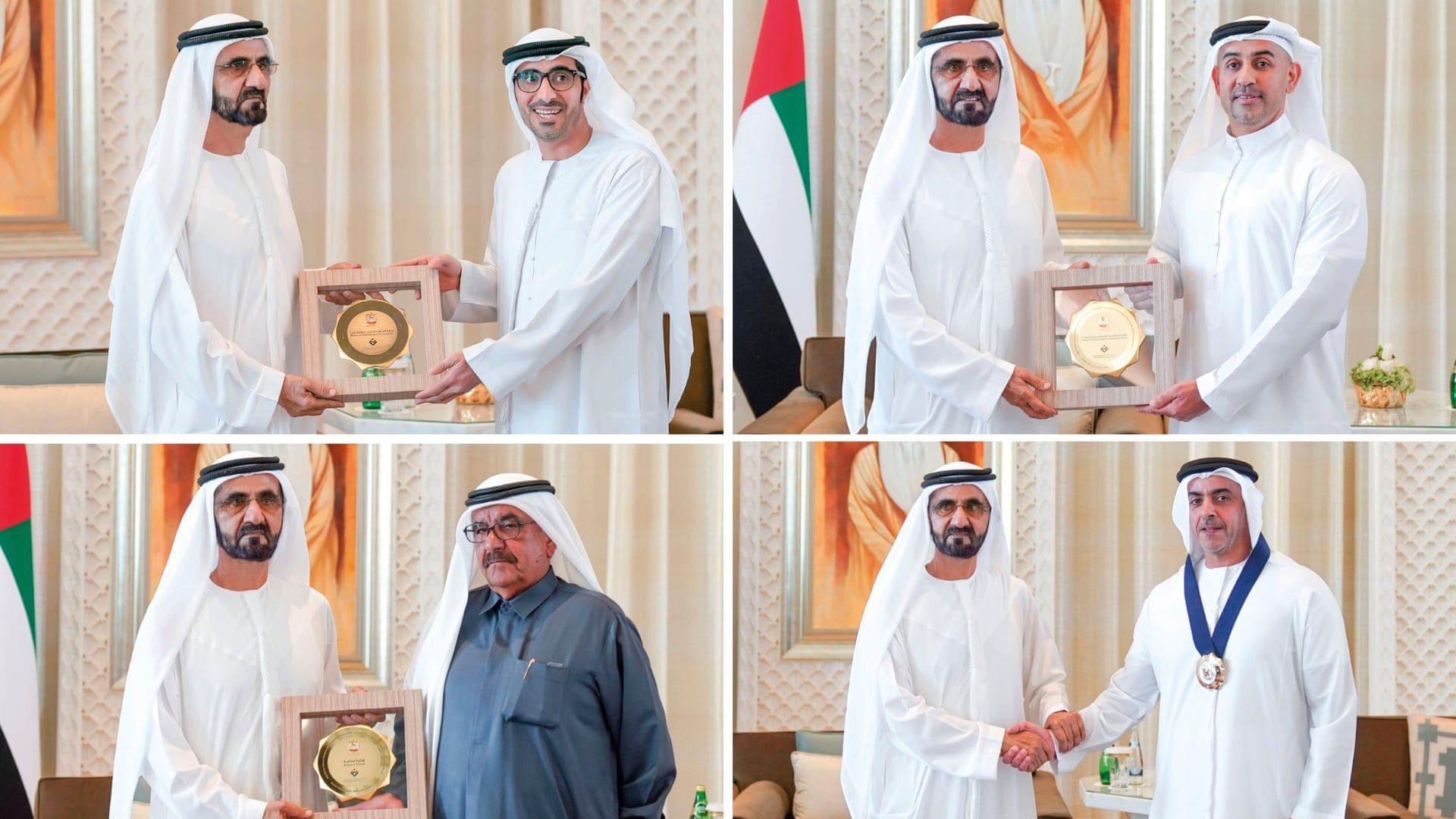 Абу Даби почете равенството между половете, награждавайки само мъже