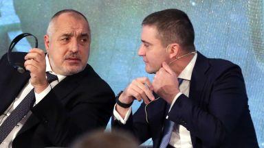 Бойко Борисов: Занимаваме се със самолети, а не с доходите на българите