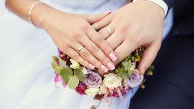 Кмет дава 1000 лева на ергените, които се оженят до 8 март