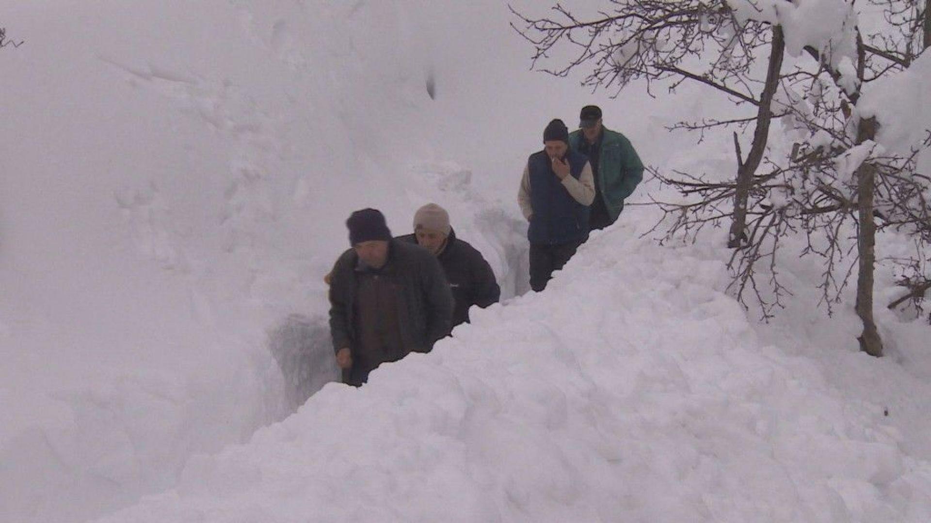 Шести ден учените от обсерваторията в Рожен са без ток