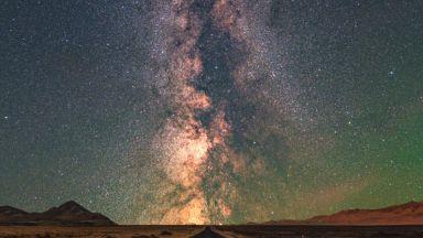 Учени изчислиха колко тежи Млечният път