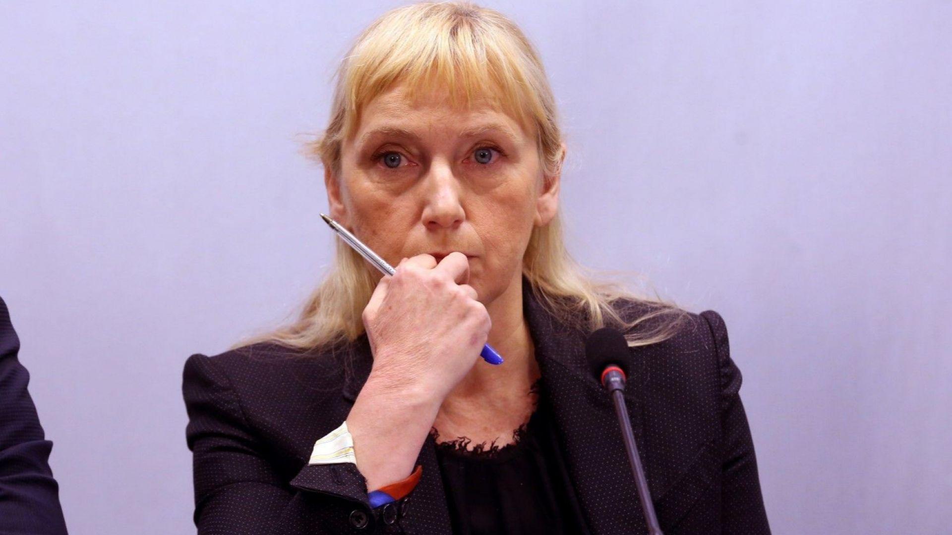 Изпълнителното бюро на БСП номинира Елена Йончева за водач на листата