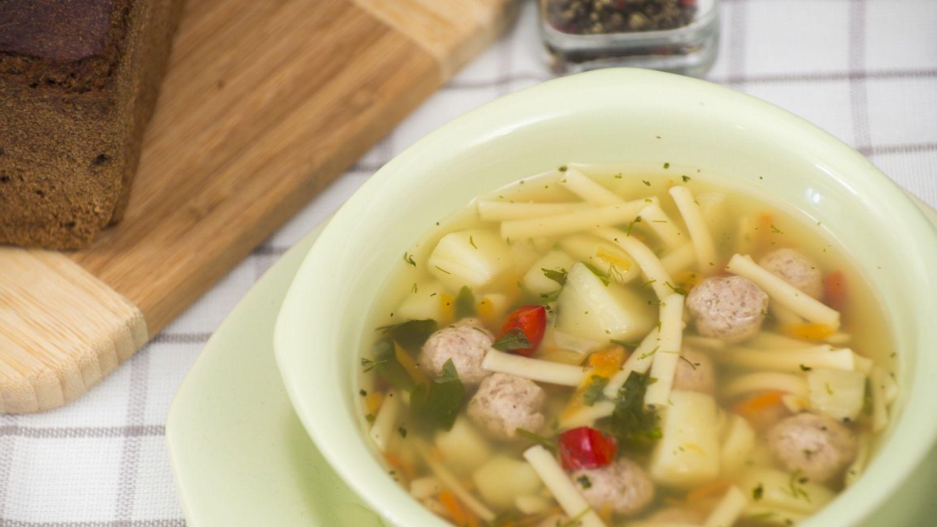 Германците се зареждат с разтворими супи, чакат епидемия