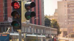 Светофар падна на кръстовище в центъра на София