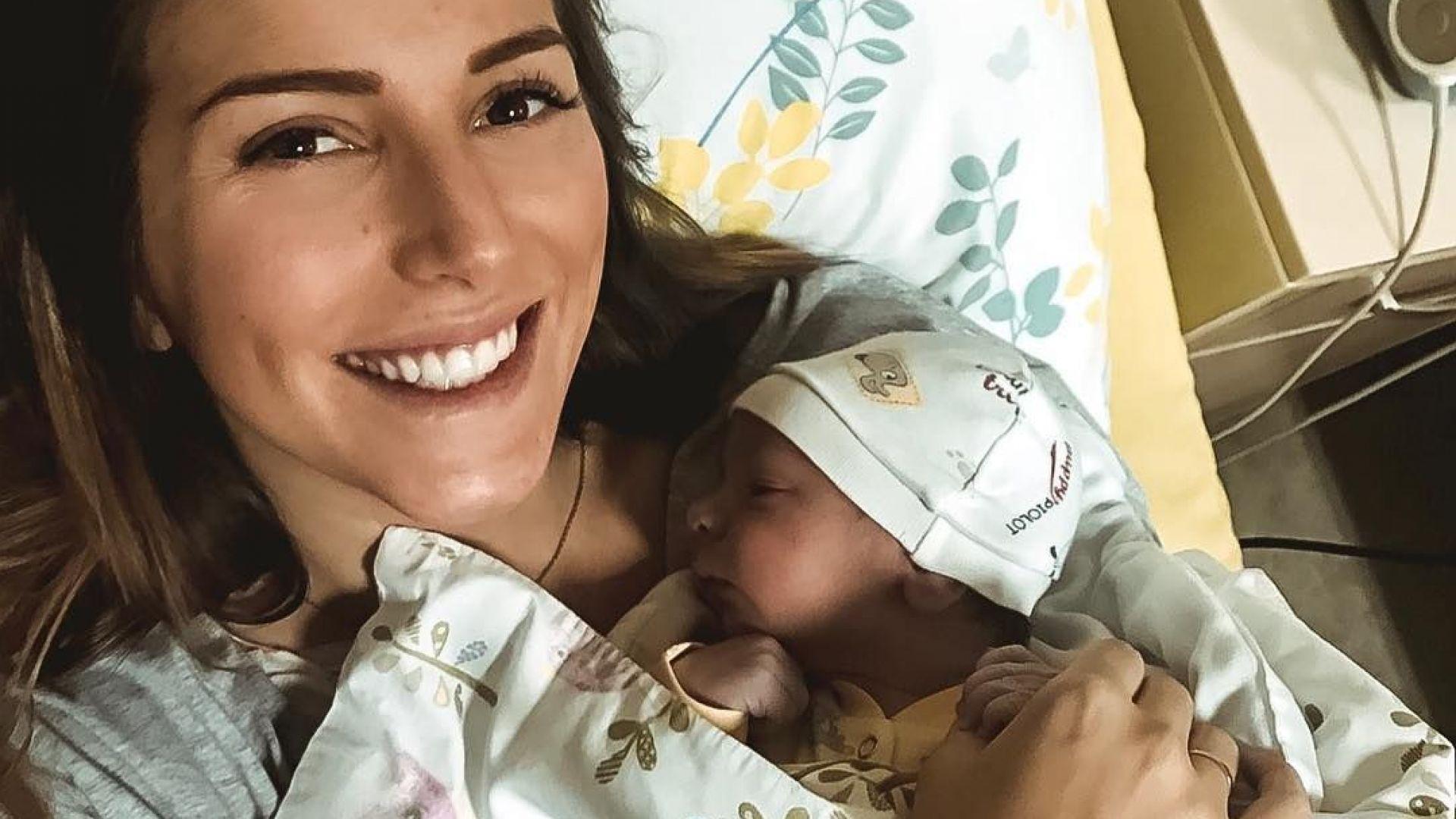 Бебето на Петканови със собствен профил в Инстаграм