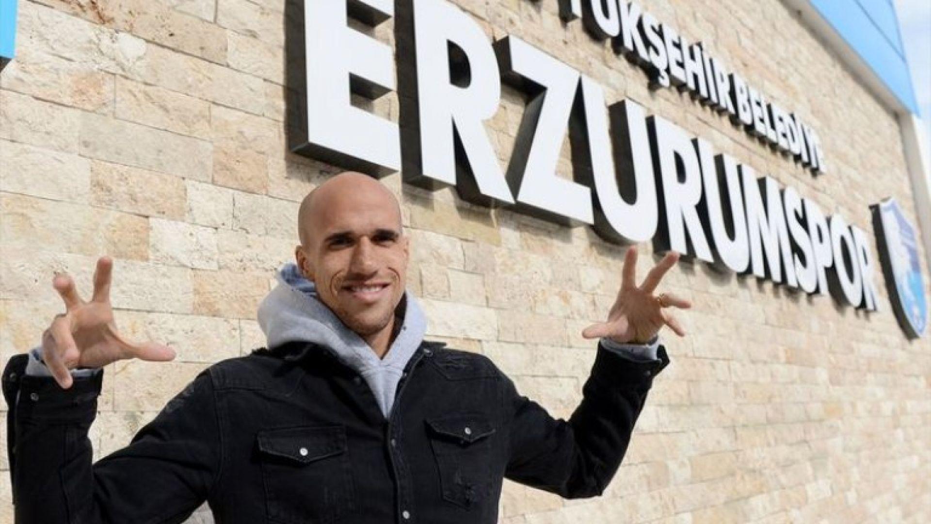 Обертан напусна Левски срещу милион евро