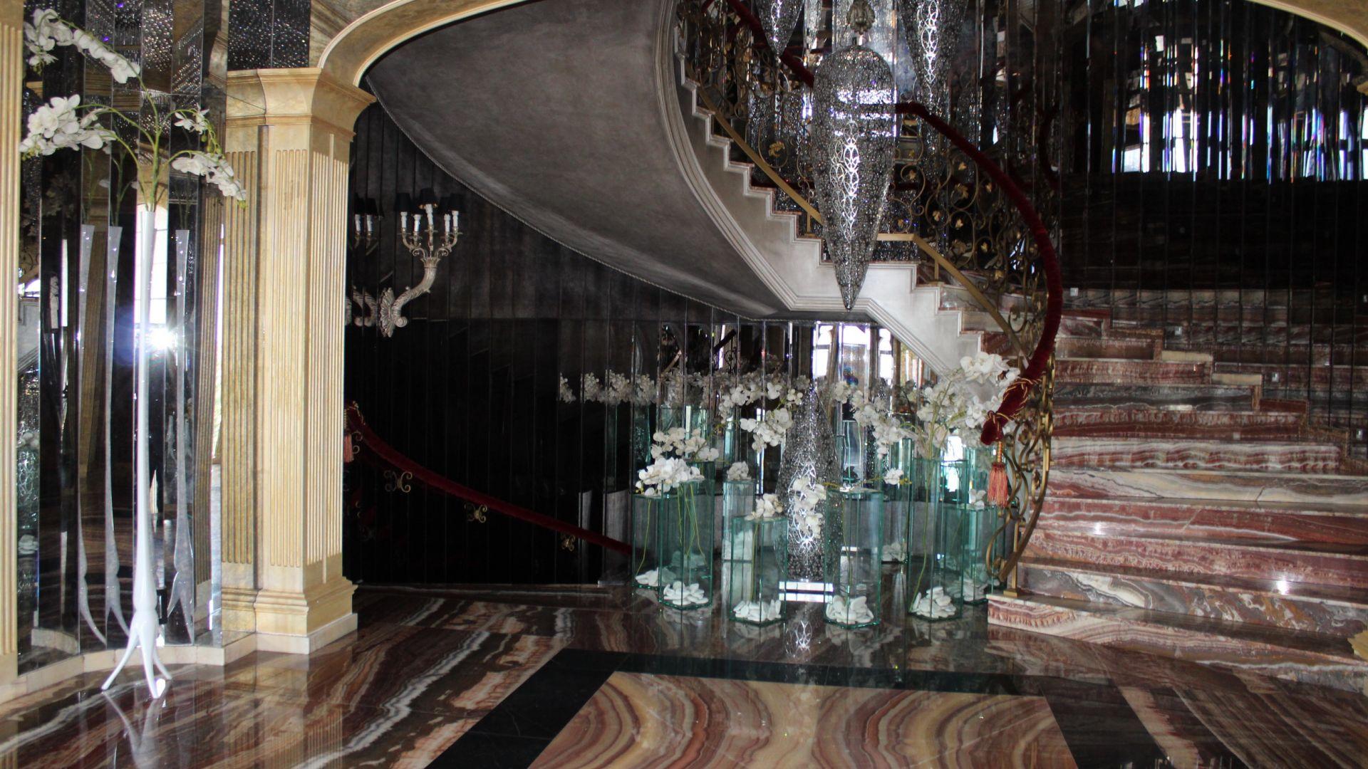 Къщата на олигарха Николай Банев и съпругата му Евгения в
