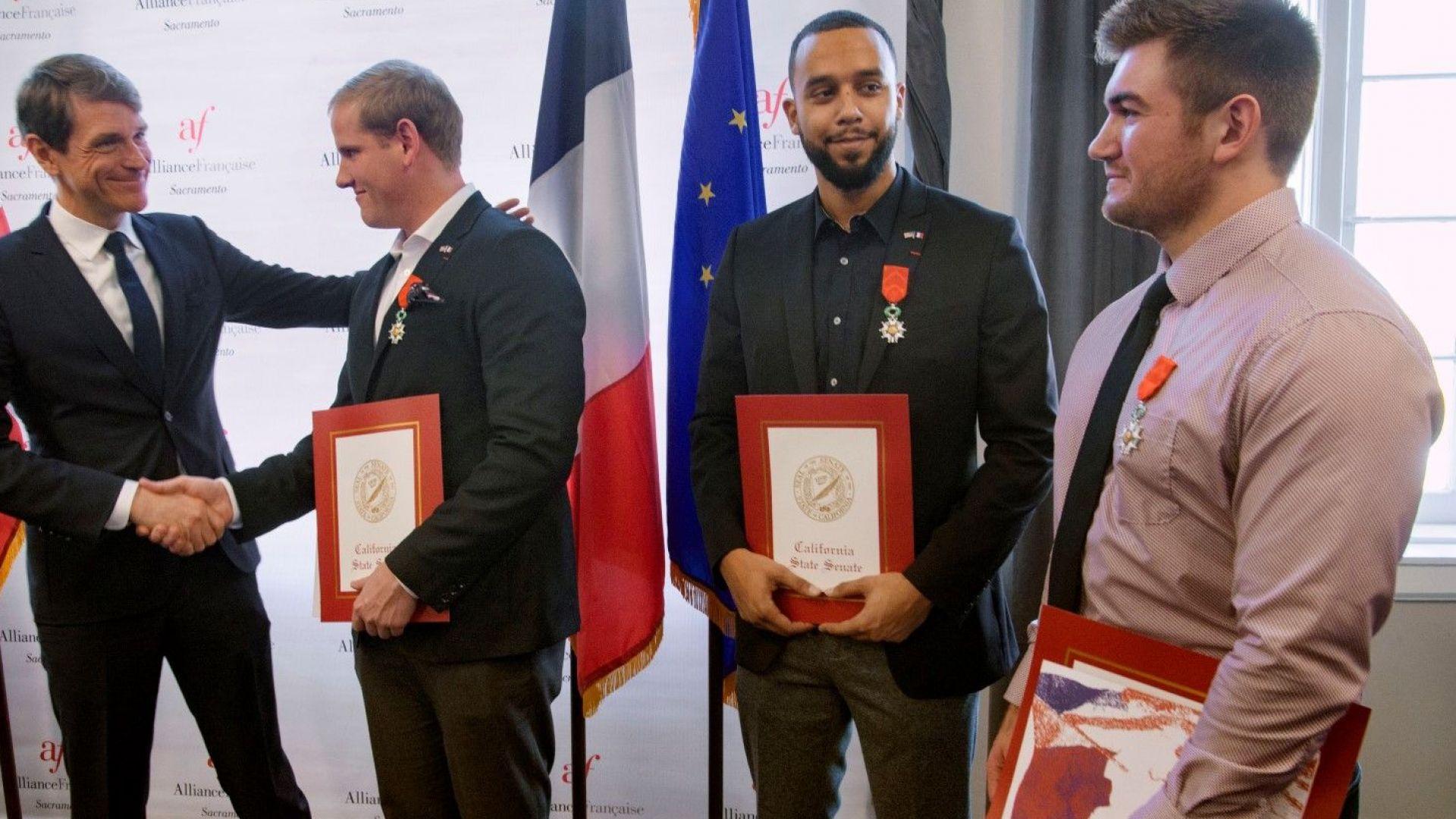 Трима американци, спрели атентат във влак, получиха френско гражданство