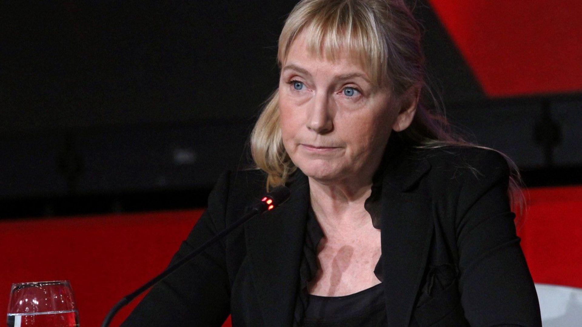 """Галъп: Обществото съчувства на Йончева по обвинението за """"пране на пари"""""""