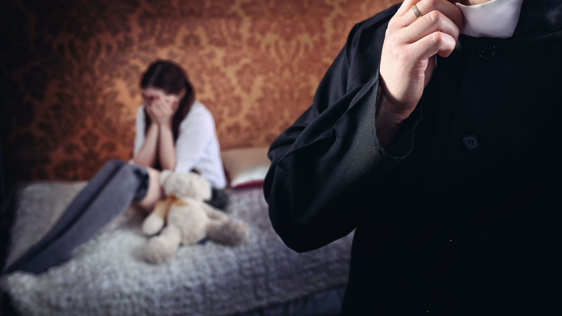 Осъден и издирван британски педофил стана пастор в Сливен