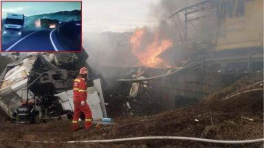 Български тираджия загина при жестока катастрофа в Румъния (видео+снимки)