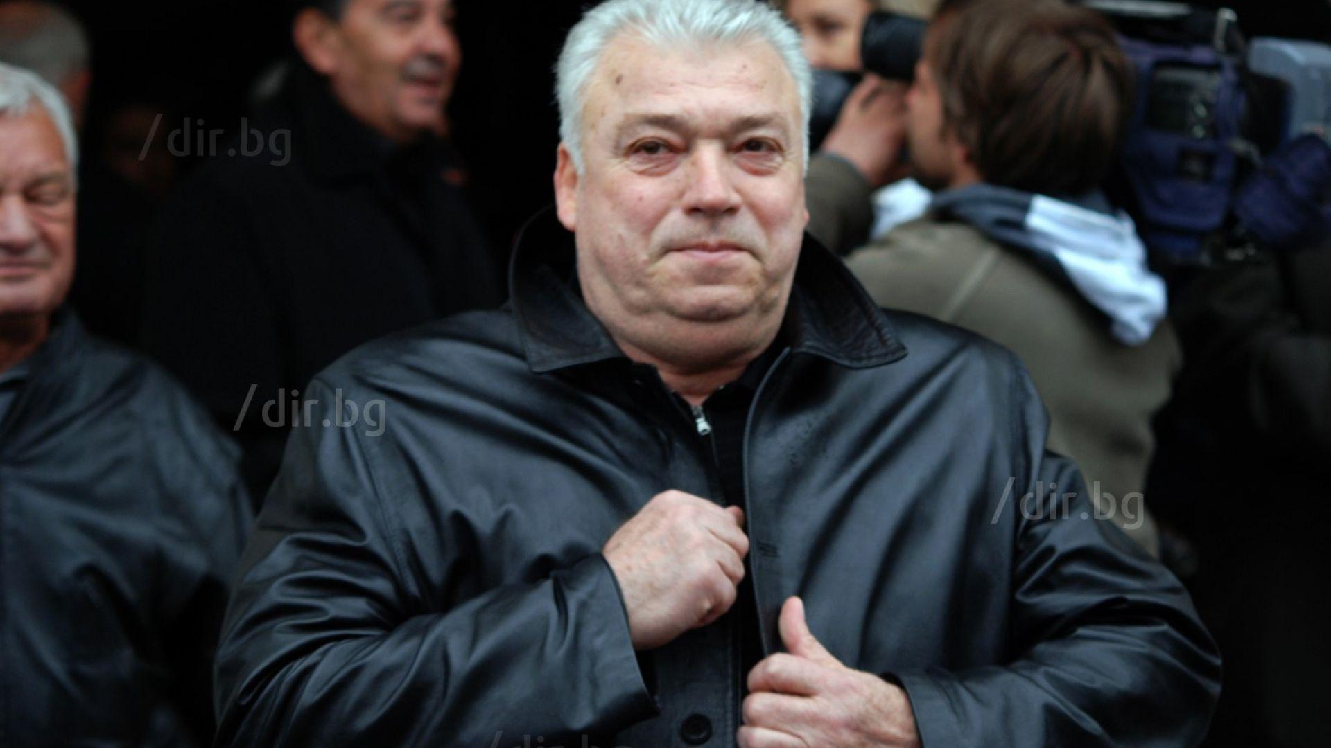 Христо Бонев с чудесен жест, посети Дерменджиев в болницата
