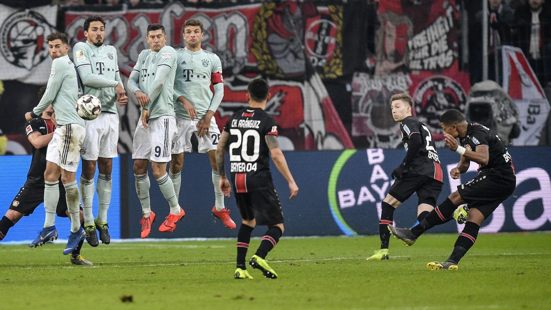 Байерн бе ударен лошо, но Дортмунд не се възползва