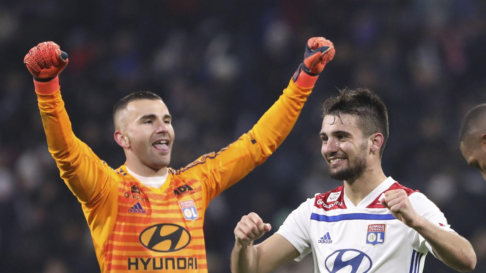 Хлапетата удариха Париж и го разклатиха преди сблъсъка с Юнайтед