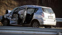 Загинал и четирима ранени при верижен сблъсък на камион и две коли край Разлог