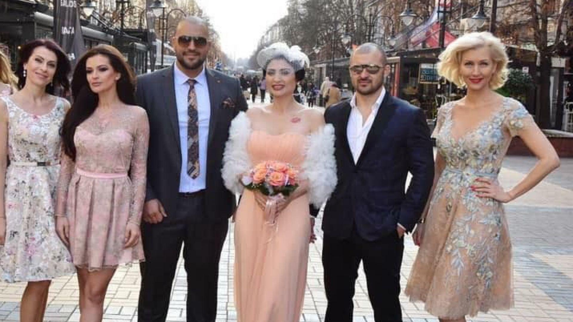 Софи Маринова се омъжи, кумува ѝ Преслава