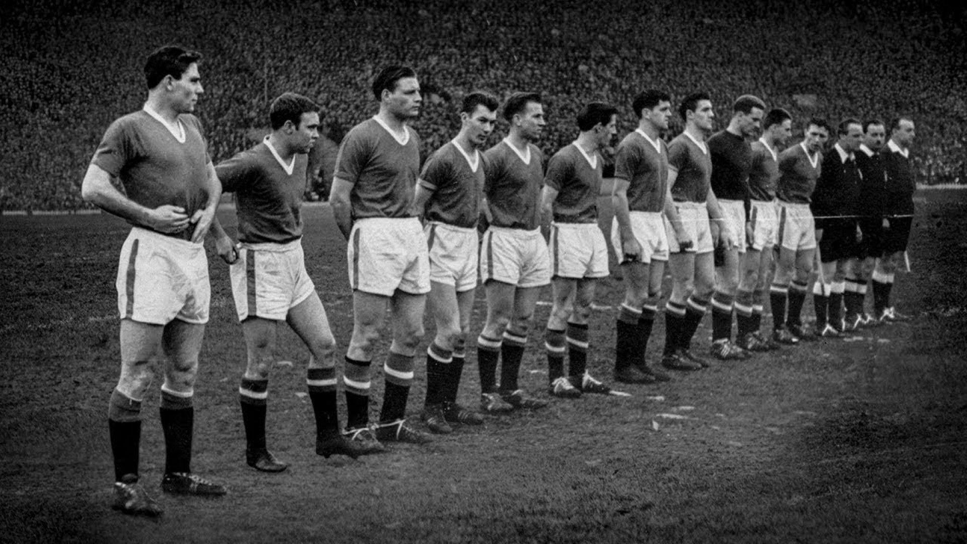 На 6 февруари футболът притихва в почит за Бебетата на Бъзби