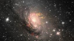 """Изследователи на """"Хъбъл"""" откриха цял куп малки черни дупки"""
