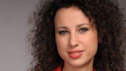 Солистката на Музикалния театър Весела Делчева: Съвсем скоро ще вдигнем завесите на нашите сърца и души