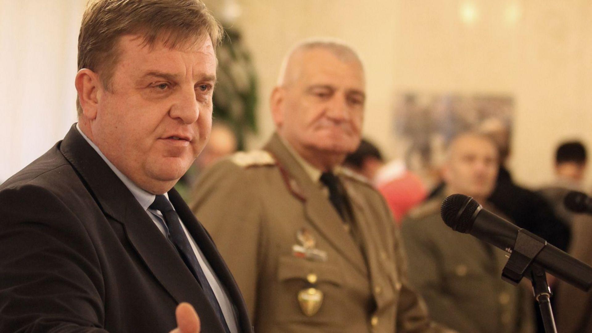Каракачанов: Пречупена е негативната тенденция в развитието на Българската армия