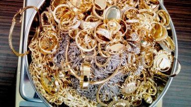 Продават на търг над 12.5 кг златни и сребърни накити, отнети в полза на държавата