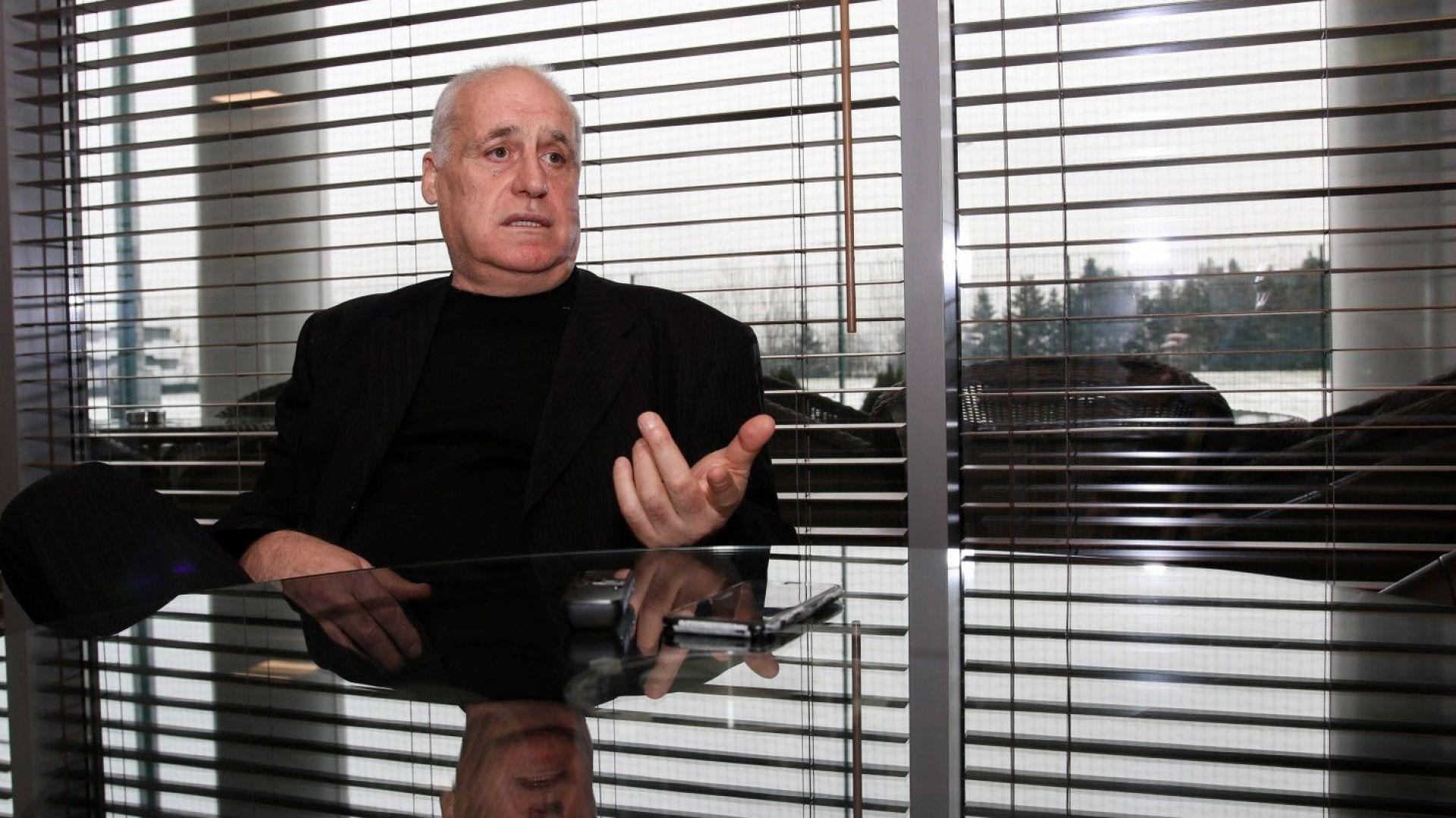 Оперираха футболната легенда Георги Димитров