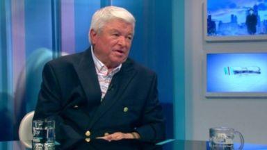 Шефкет Чападжиев дари $1 млн. на болницата в Мадан