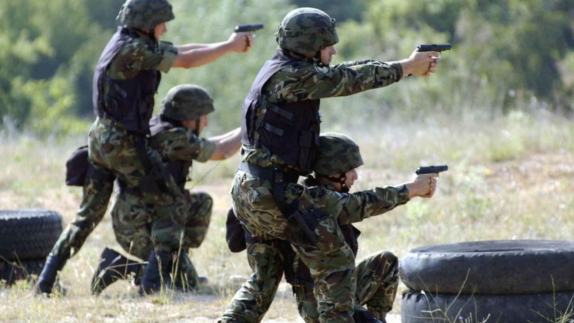 Командоси от българската мисия в Камбоджа създават своя организация